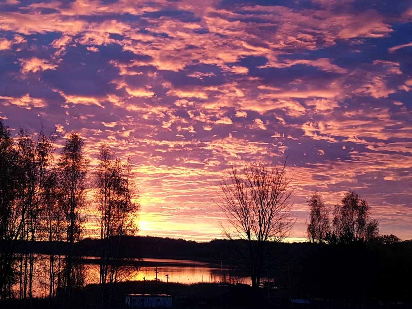 Sonnenaufgang am Haselbacher See